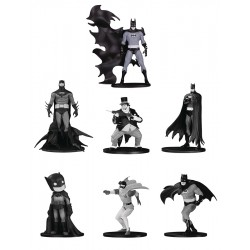 Batman Black & White Mini...